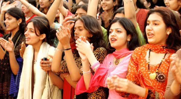pquistao entre os paises com maior populacao feminina
