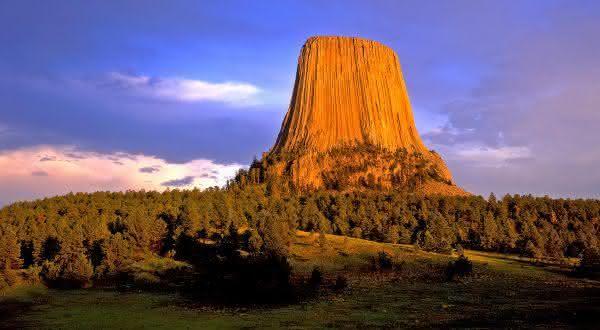 Devils Tower entre as maiores rochas do mundo