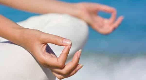 reduzir estresse entre as maneiras de aumentar naturalmente os seios