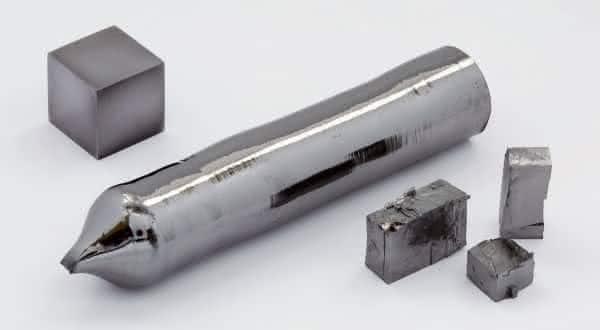 tantalo entre os metais mais fortes do mundo