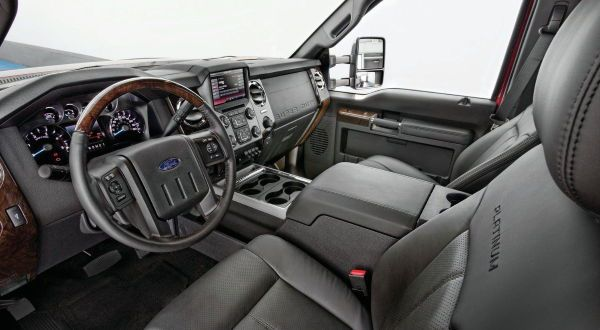 Ford F-450 Platinum 3 entre as camionetes mais caras do mundo