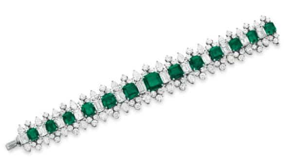 Pulseira esmeralda entre as pulseiras mais caras do mundo