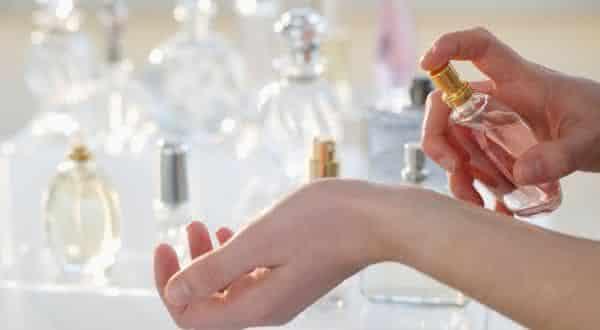 nao-saber-comprando-entre- erros comuns ao usar perfumes