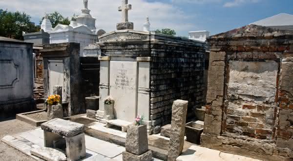 St Louis 1 entre os cemiterios mais bonitos do mundo
