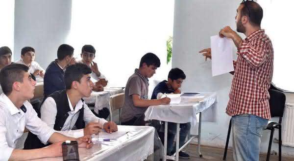 Azerbaijao entre os paises com maior taxa de alfabetizacao do mundo