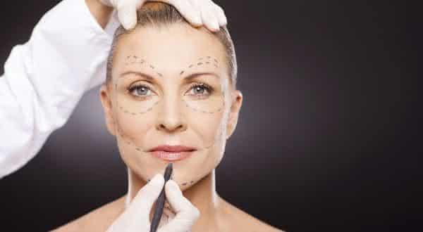 Lifting Facial entre as cirurgias plasticas mais caras do mundo