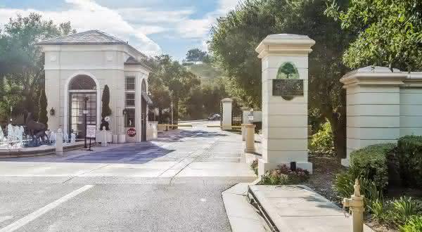 The Oaks Calabasas entre os melhores condominios do mundo
