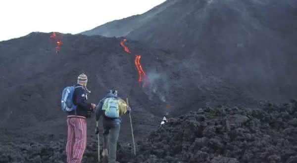 vulcao lugares incríveis para viajar antes dos 30 anos de idade