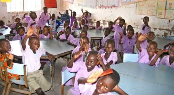 gambia entre os paises com maior taxa de analfabetismo