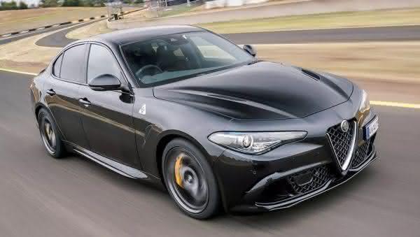 Alfa Romeo Giulia QV entre os sedan 4 portas mais rapidos do mercado