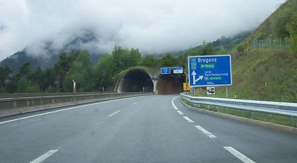 Arlberg entre os tuneis rodoviarios mais longos do mundo
