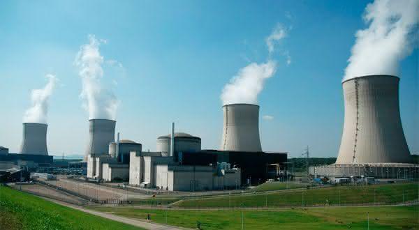 energia nuclear entre as fontes alternativas de energia renovaveis
