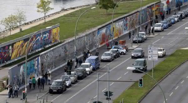 Muro de Berlim entre os muros mais famosos do mundo