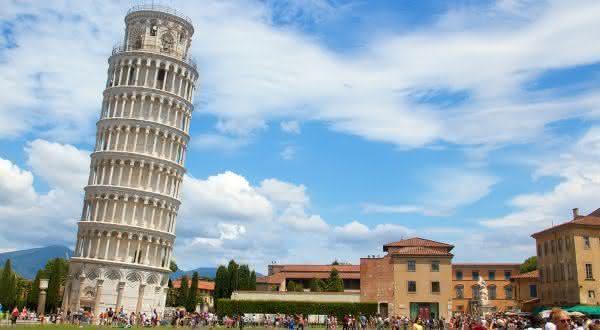 torre de pisa entre as maravilhas do mundo