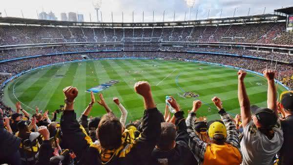 AFL entre os torneios esportivos com maior media de publico do mundo