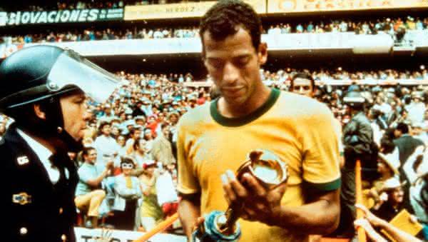 Carlos Alberto entre os melhores jogadores brasileiros de todos os tempos