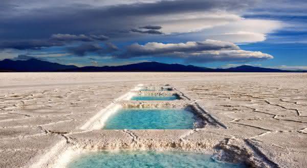Salinas Grandes entre os desertos de sal mais incriveis do mundo