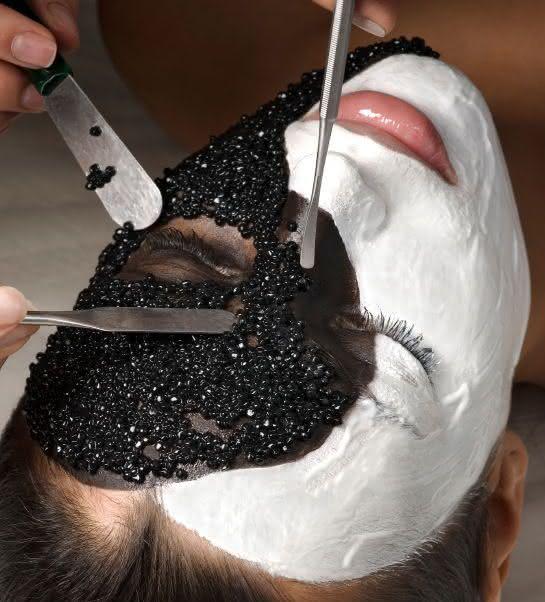 Triple Life Luxury Facial entre os tratamentos de beleza facial mais caros do mundo