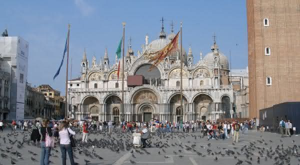 Basílica de Sao Marcos entre as igrejas mais famosas do mundo