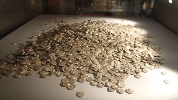 Tesouro de Barley Field entre os maiores tesouros escondidos ja encontrados no mundo