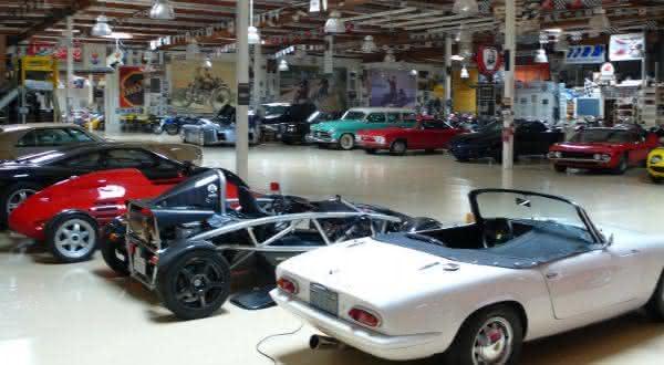 Jay Leno entre os maiores colecionadores de carros do mundo