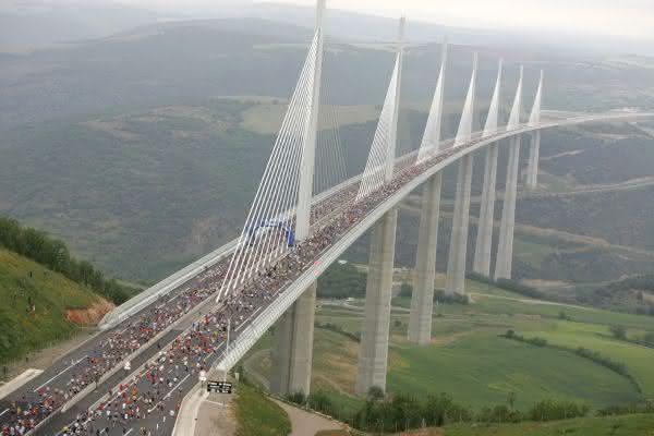 Viaduto de Millau entre as pontes mais famosas do mundo