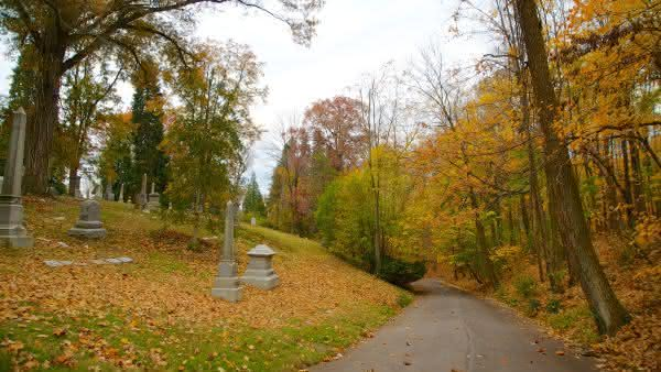 Spring Grove Cemetery entre os maiores cemiterios do mundo