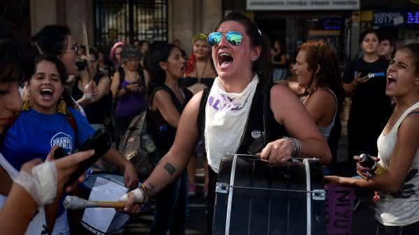 argentina entre os paises com as mulheres mais feias do mundo