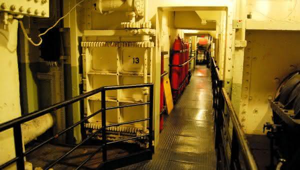 Queen Mary 3 entre os hoteis assombrados aterrorizantes com atividade fantasma real