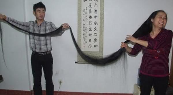 jiang aixiu entre os cabelos mais longos do mundo