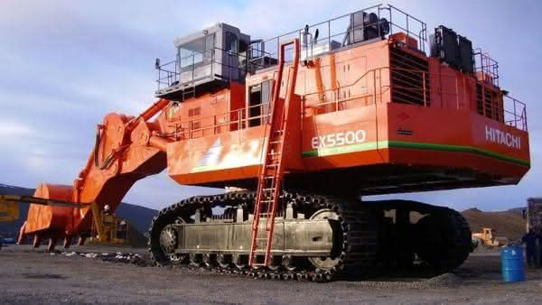 Hitachi EX5500-6 entre as maiores escavadeiras do mundo
