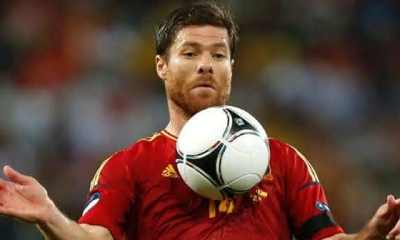 Xabi Alonso entre os melhores jogadores espanhois de todos os tempos