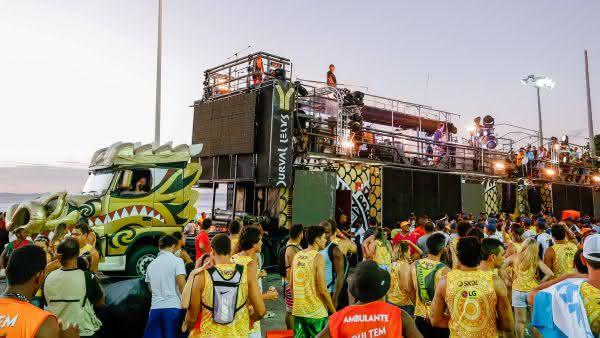 Bloco Cocobambu entre os mais caros carnavais do brasil