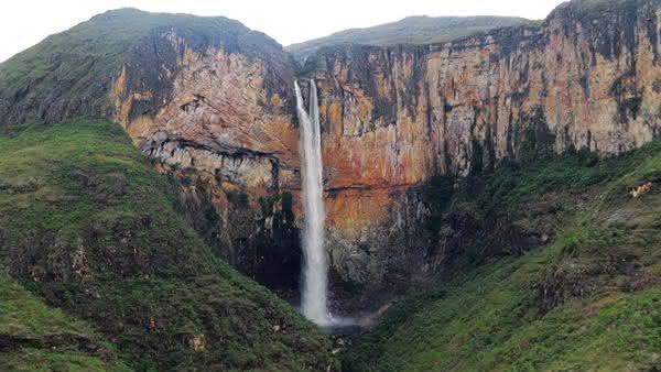Cachoeira do Tabuleiro entre as cachoeiras mais altas do brasil