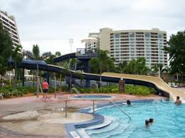 Bay Lake Tower at Disney's contemporary resort Resorts en Disney para visitar en familia
