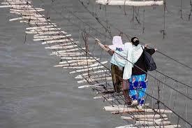 Hussaini Puente Colgante - Pakistán Puentes Más Peligrosos del Mundo