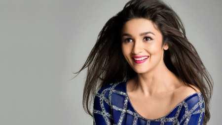 7.Alia Bhatt