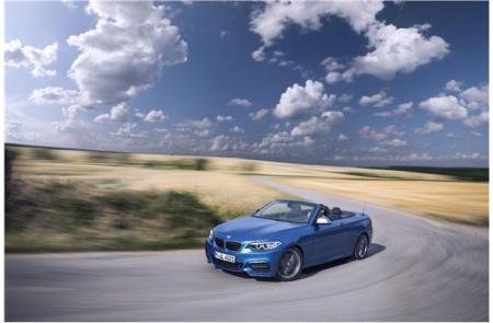 Lexus versus BMW