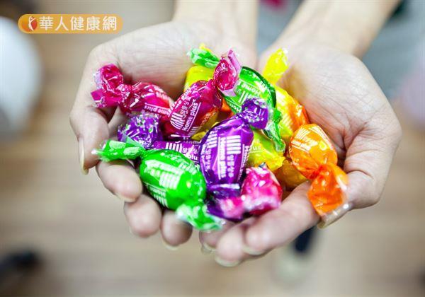 不想孩子長不高?4NG食物別碰!   華人健康網