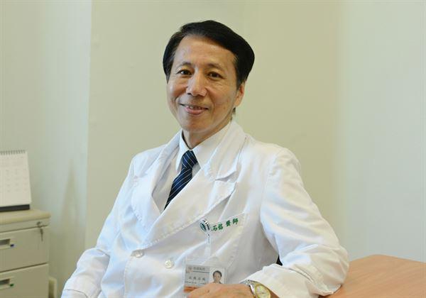 沈陳石銘醫師(如圖)強調,前哨淋巴結偵測能降低腋下淋巴結切除風險。(圖片提供/台北慈濟醫院)