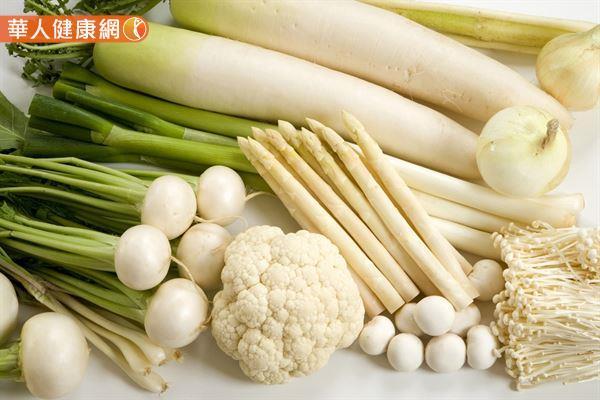 吃白色食物潤肺養生的作法僅適用於一般人,易胖體質的人很容易誤踩地雷。