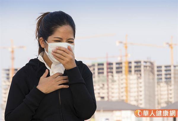 台灣每年有超過1萬3千人罹患肺癌,超過9千人因肺癌死亡,肺癌近年來已經成為全世界及國人癌症死亡原因的第一名。