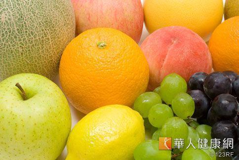 避免高血脂日常保健飲食很重要,可以多攝取蔬果。