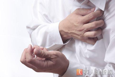 年輕人心悸胸痛!小心二尖瓣膜脫垂   吳清文   心臟血管內科   內科   健康新知   華人健康網