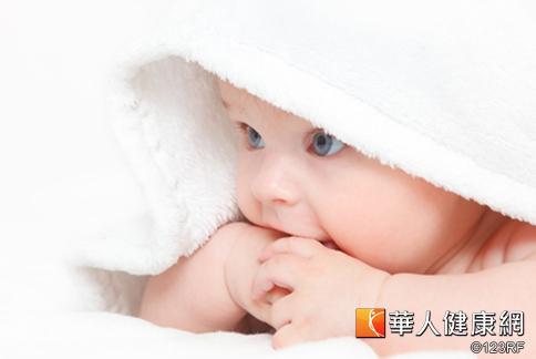 幼童無痛性血便 梅克爾憩室惹禍 | 小兒外科 | 兒科 | 健康新知 | 華人健康網