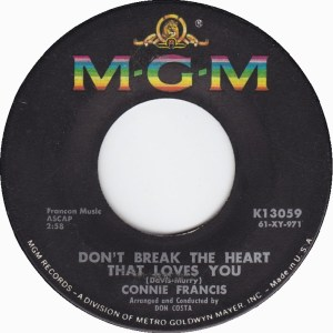connie-francis-dont-break-the-heart-that-loves-you-1962