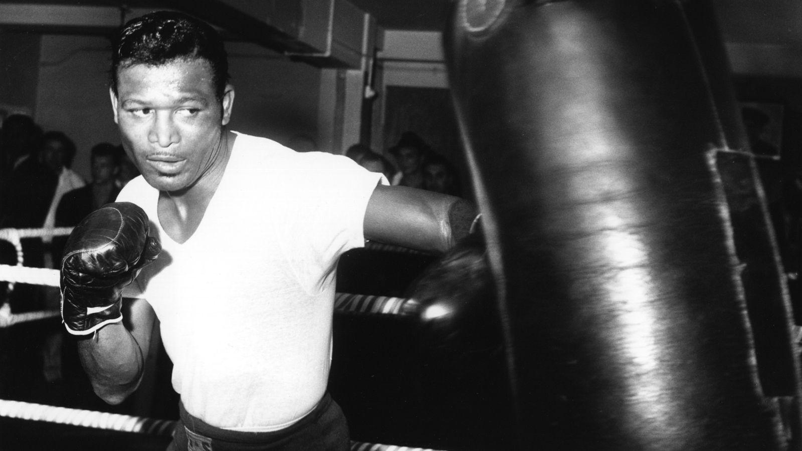 Boxerul John Ruiz: lupte americane cu greutate mare - Societate -