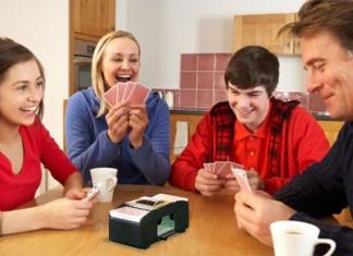 Best-Automatic-Card-Shufflers