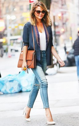 celebrity style Chrissy Teigen