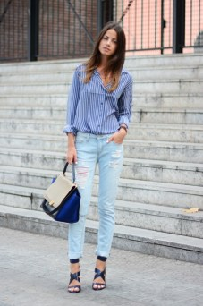 cuffed jeans with shirt